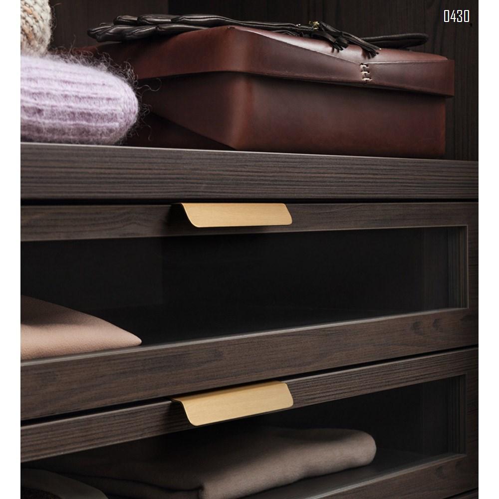 64 mm Hole Center Black And Gold Mount Finger Edge Pull Concealed Handle for Home Kitchen Door Drawer Cabinet